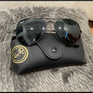 Ray-ban Classic Aviator 3026 Large in black